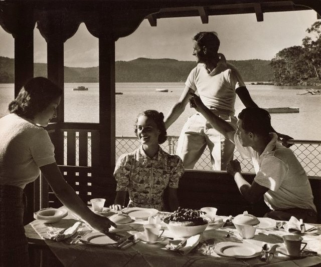 An image of Untitled (luncheon on veranda)