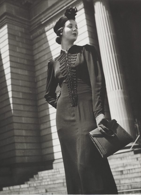 An image of Untitled (fashion illustration: model on the steps of the State Library)