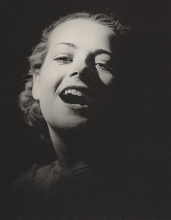 An image of Untitled (smiling woman)