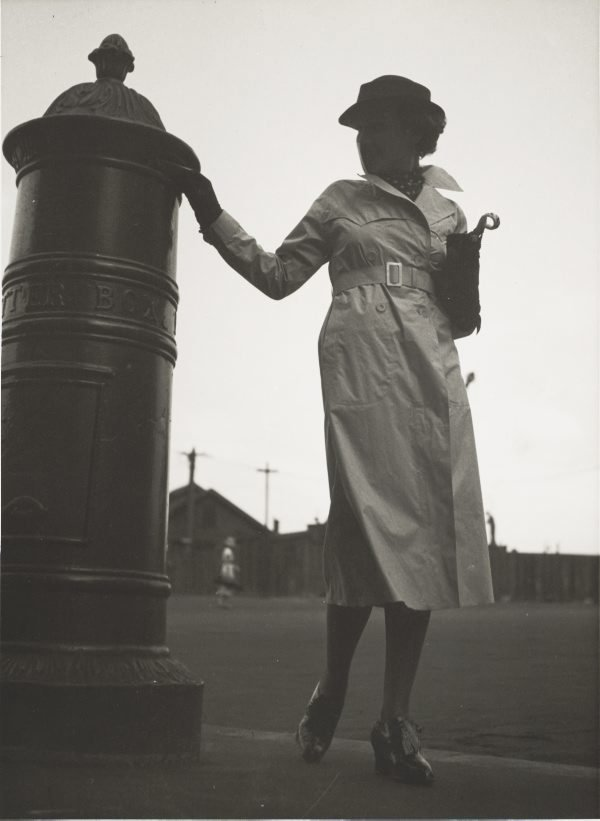 An image of Untitled (woman at post box)