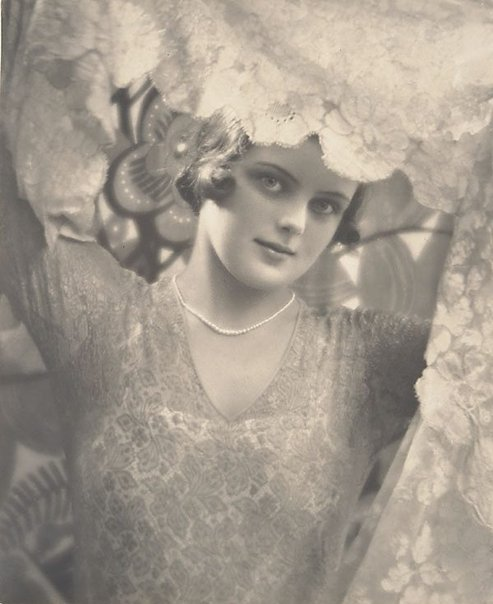 An image of The veil, Miss Lesley Sugden by Harold Cazneaux