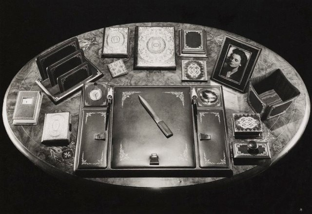An image of Untitled (desk with writing paraphernalia)