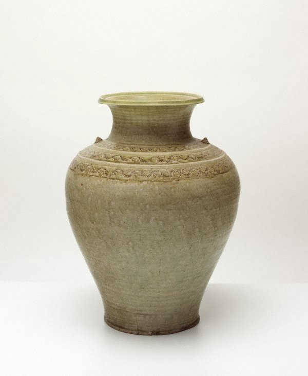 An image of Jar with three bands of decoration to shoulder