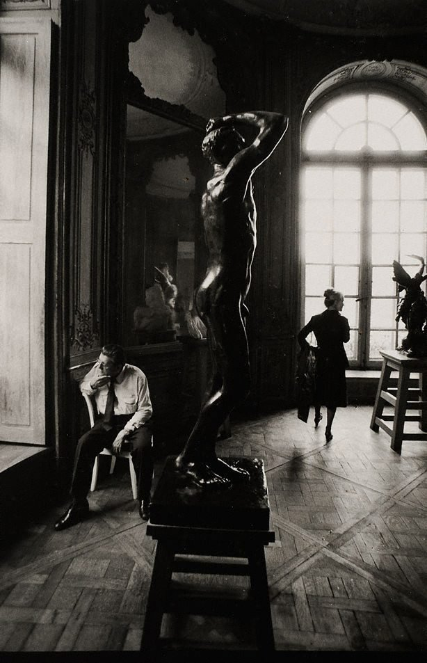 An image of Pat at the Musée Rodin, Paris