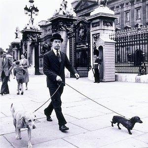 Outside Buckingham Palace, London, circa 1955 by David Moore