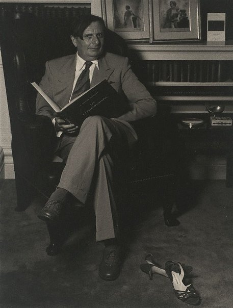 An image of Barry Humphries on his 60th birthday, Sydney by Lewis Morley
