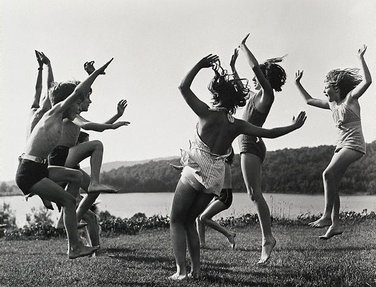 Children dancing by the lake, 1940 by Barbara Morgan
