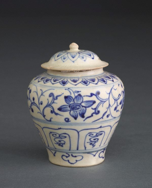 An image of Covered jar with lotus petal and floral designs