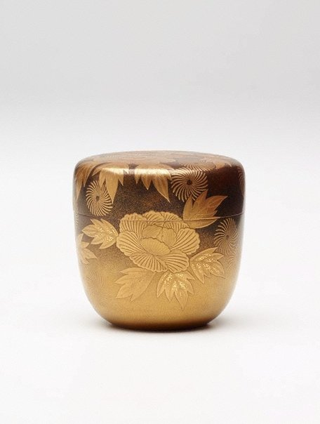 An image of Tea container (natsume) with peonies by