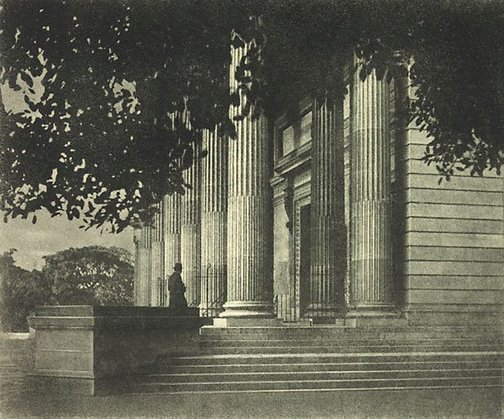 An image of National Art Gallery, Sydney by Harold Cazneaux