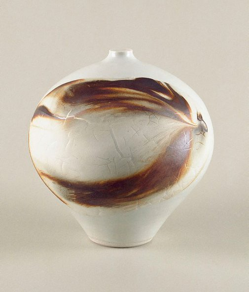 An image of Pot with white ash glaze and oxide slip by Shiga Shigeo