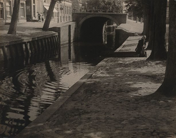 An image of Canal at Edam