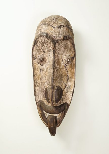 An image of Gable mask by Iatmul people