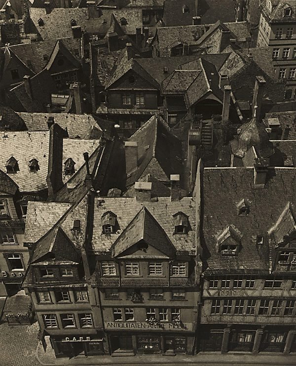 An image of Old Frankfurt before its destruction in World War II