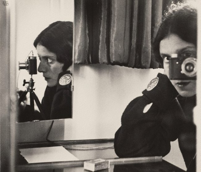 AGNSW collection Ilse Bing Self portrait with Leica 1931, printed 1941