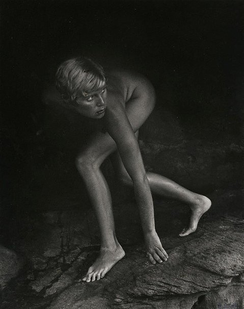 An image of Nikki South, model, Sydney by Lewis Morley