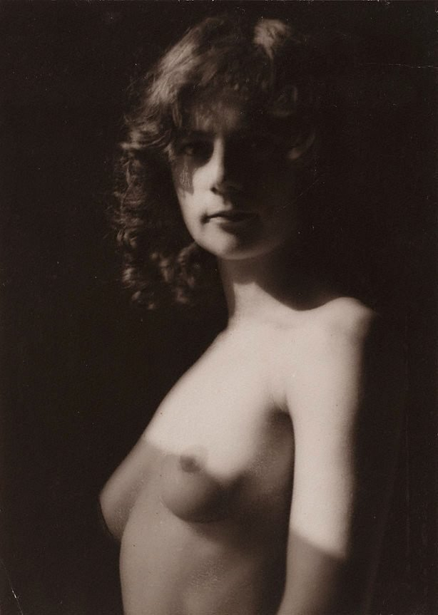 An image of Nude study