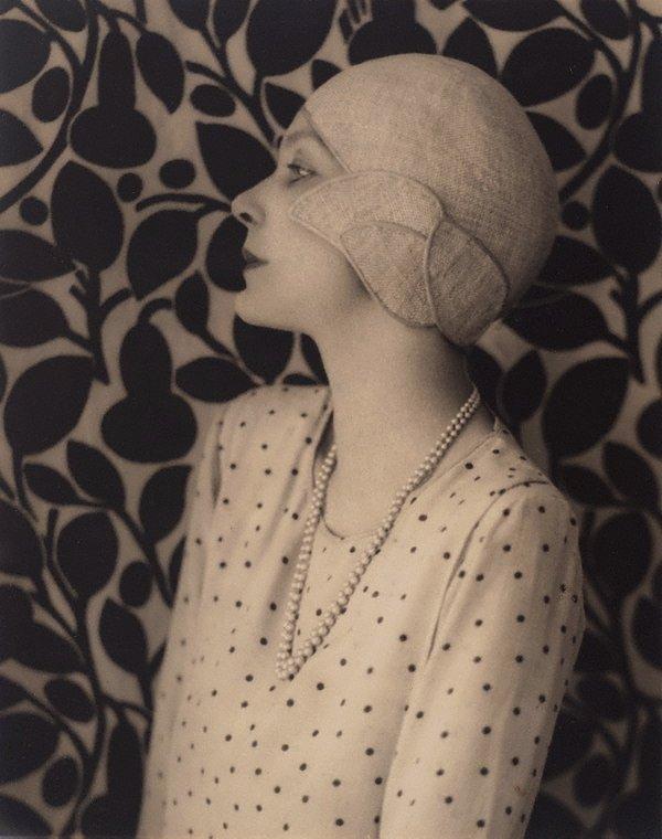 An image of Doris Zinkeisen
