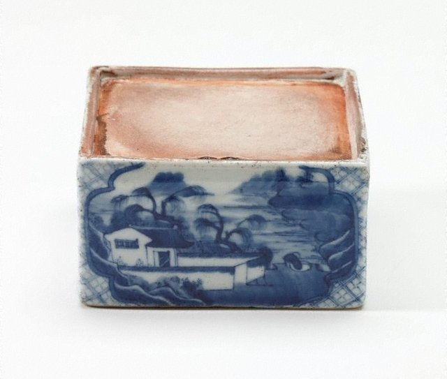 An image of Square ink mortar decorated with landscape scenes and poem