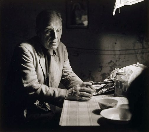 An image of Godfrey Miller in his studio, Young Street Sydney by Kerry Dundas