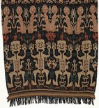 Alternate image of Hinggi (man's shawl or mantle) with stylised design of human figures by