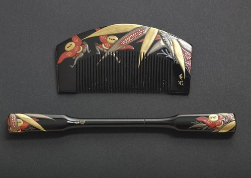 An image of Set of comb and hair pin with designs of manservants ('yakko-san') and bamboo by