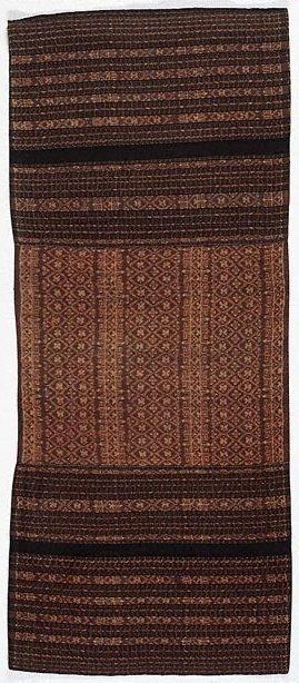 An image of Ceremonial tube sarong