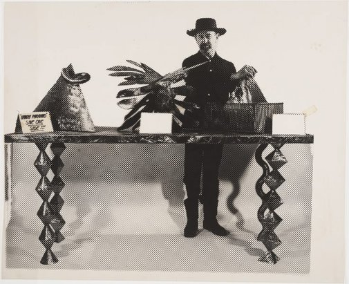 An image of Sculpture bargain counter by Herbert Flugelman