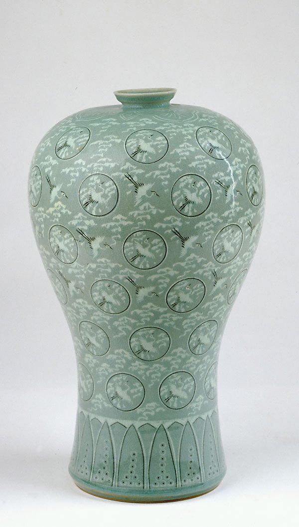 An image of 'Meiping' vase (reproduction of Koryo 'Meiping' vase)