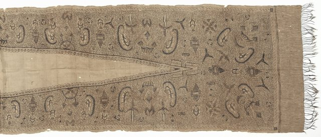 An image of Breast wrapper (kemban)