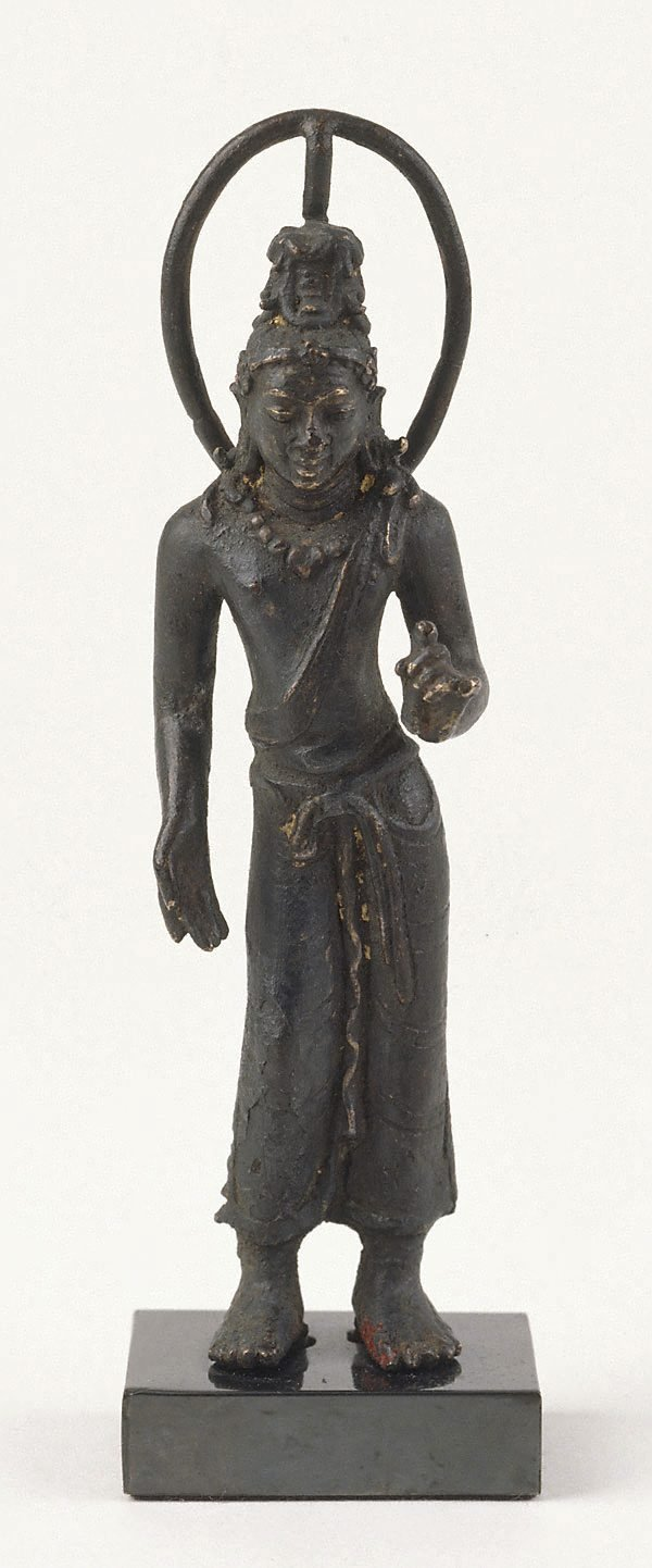 An image of Standing Avalokiteshvara, bodhisattva of compassion