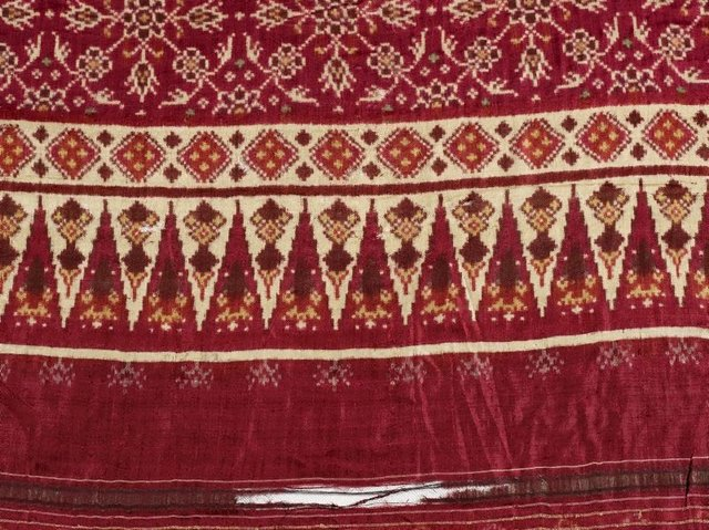 An image of Double ikat patola cloth