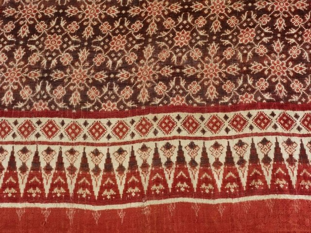An image of Patola with floral design
