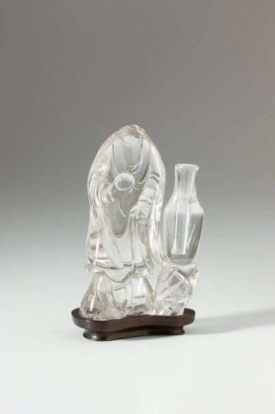 An image of Standing figure of Guan-Yin by