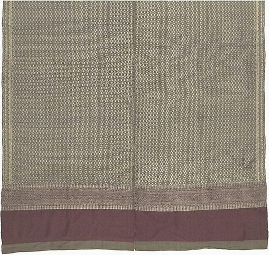 An image of 'Phaa hom' (blanket) with brocade patterning