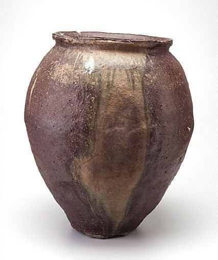 An image of Wide mouthed jar [kame] by Shigaraki ware