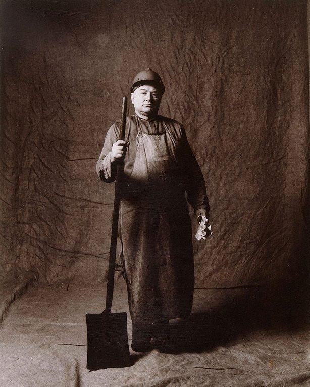 An image of Peter Czmil, handyman, CSR 23 years, Polish