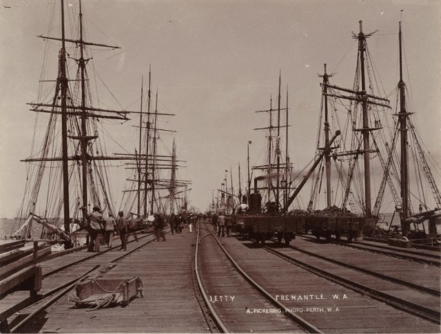An image of Long Jetty, Fremantle, W.A.