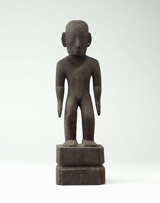 An image of Standing rice deity (bulul)