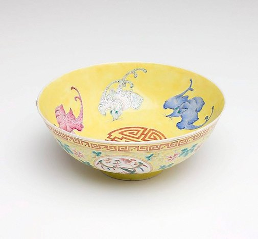 An image of Bowl with design of five bats by Jingdezhen ware