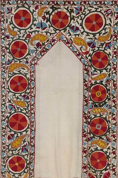 An image of Wall hanging ('suzani') by