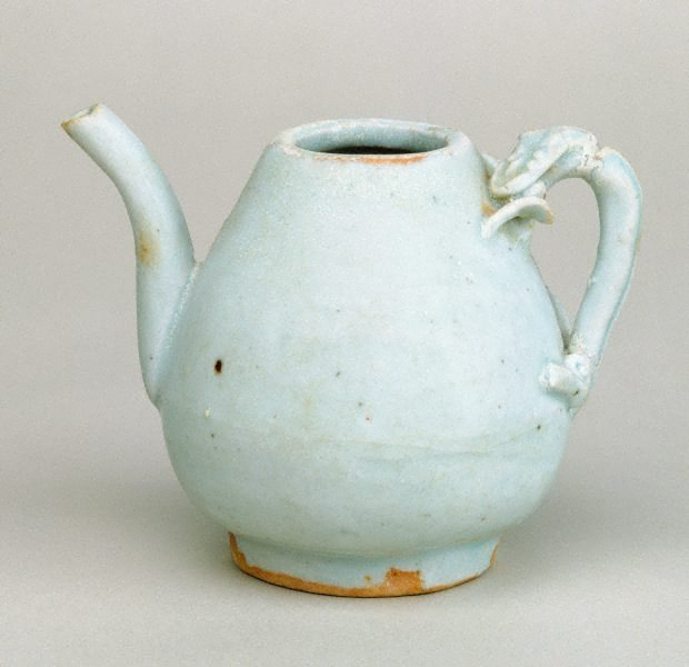 An image of Small ewer with dragon handle