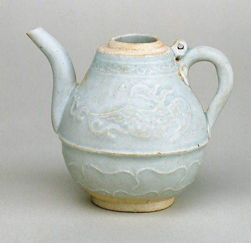 An image of Small ewer with slip decoration of two phoenix and lotus leaves by Jingdezhen ware