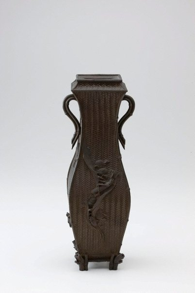 An image of Bronze vase with square neck by Meiji export ware