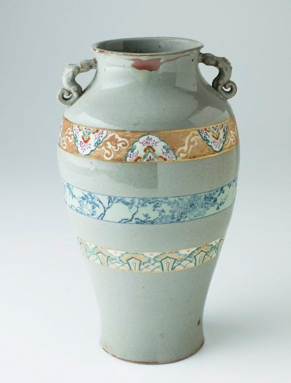 An image of Vase decorated with grey-green slip