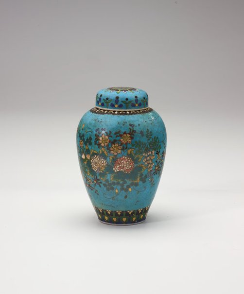 An image of Tea jar decorated with flowers by Meiji export crafts