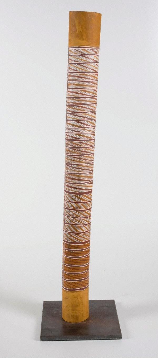 An image of Badurru (Hollow log)