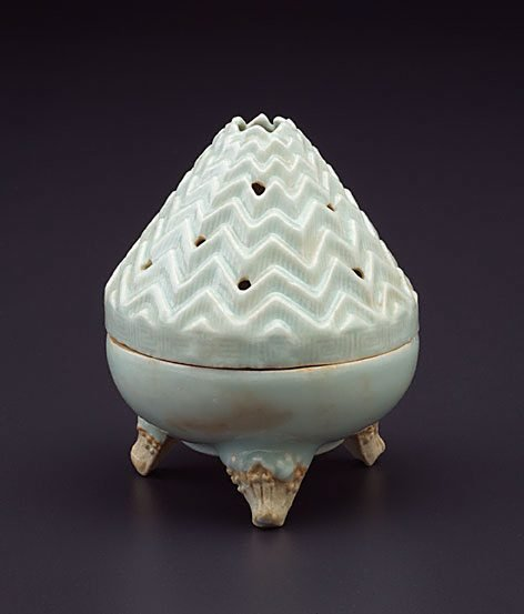 An image of Abode of the Immortals; Isles of the Blest censer by Jingdezhen ware