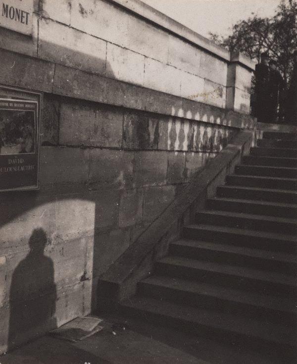 An image of Paris 1948