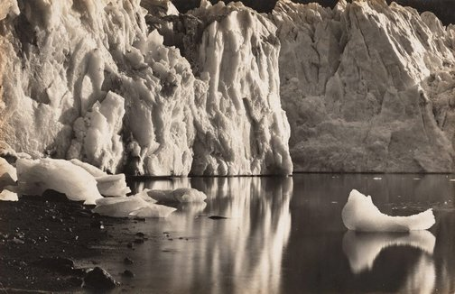 An image of The crystal canoe by Frank Hurley